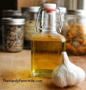 how to use garlic oil