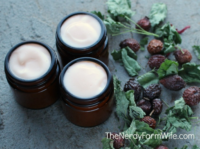 Rosehip and Ginseng Face Cream Recipe 3 Jars