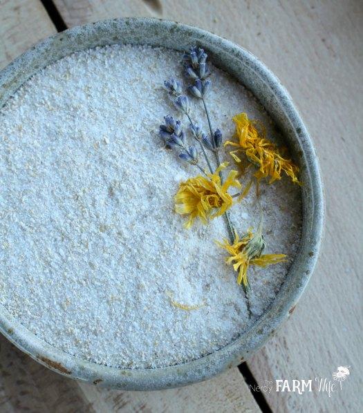 Calendula Oatmeal Bath Soak