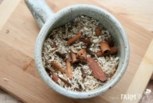 Ingredients for Cinnamon Tea for Soothing Sore Throats