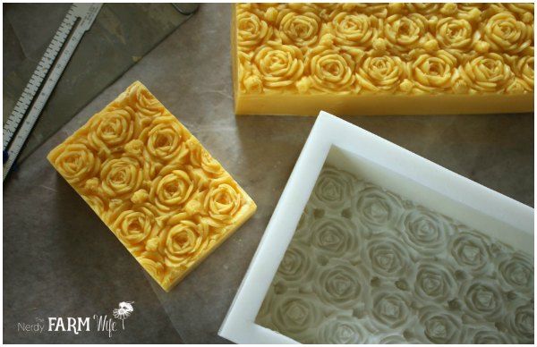 rectangular-3D-rose-soap-mold