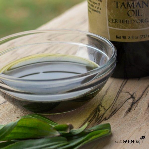 Tamanu Oil & Plantain